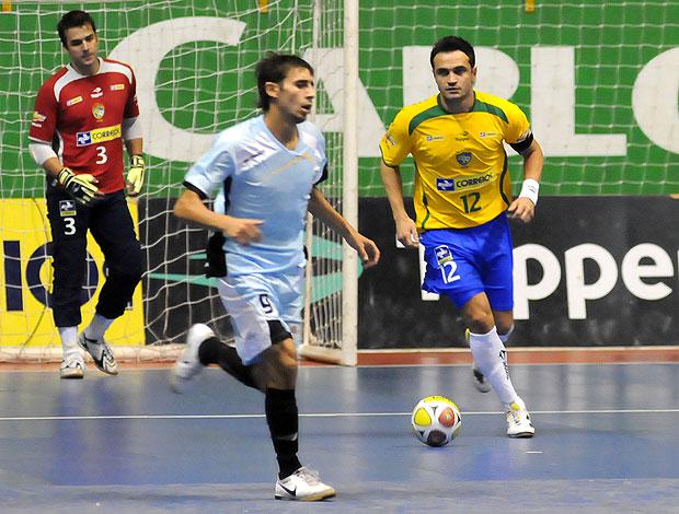 Falcão na partida da seleção de futsal (Foto: Luciano Bergamaschi/CBFS )