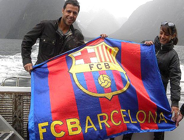 casal barcelona (Foto: Divulgação)
