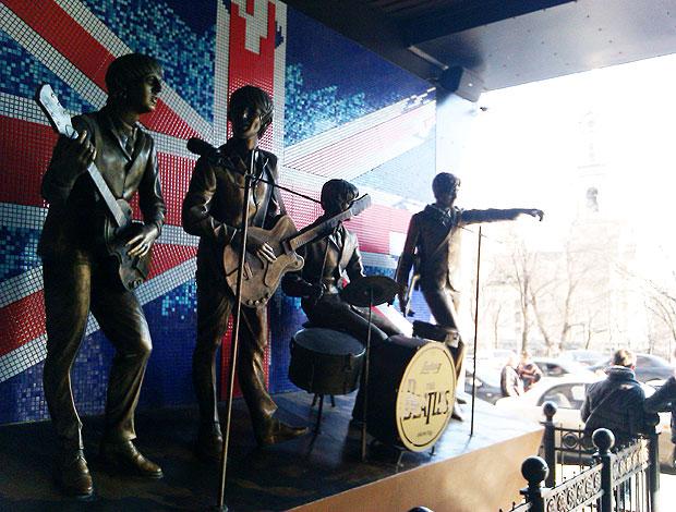 beatles russia monumento (Foto: Rafael Maranhão/Globoesporte.com)