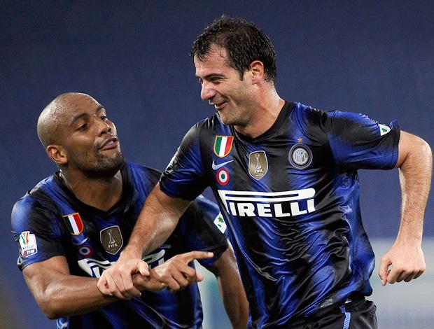 Comemoração Stankovic Inter de Milão (Foto: AFP)