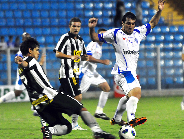 Rafael Coelho na partida do Avaí contra o Botafogo (Foto: Futura Press)