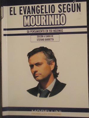 Mourinho livro Real Madrid (Foto: Thiago Dias / Globoesporte.com)