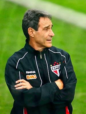 Carpegiani treino São Paulo (Foto: Marcos Ribolli / Globoesporte.com)