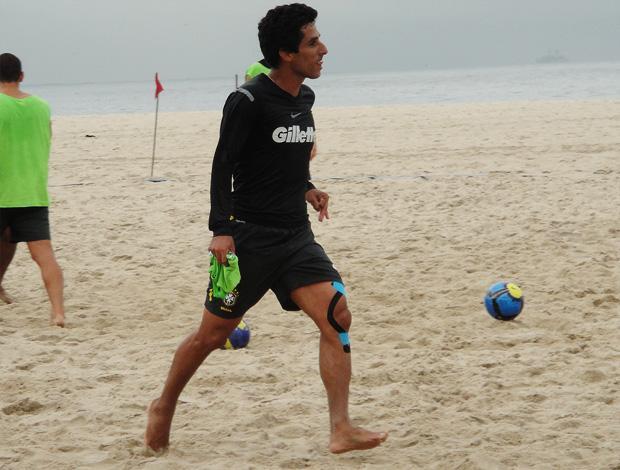 jorginho futebol de areia (Foto: Igor Christ/Globoesporte.com)
