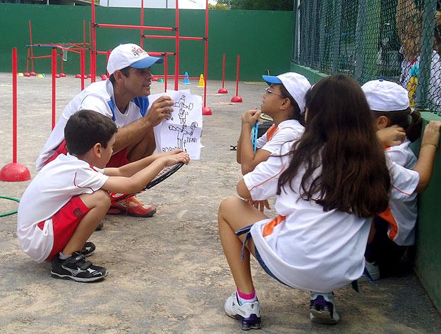 Escolinha do Guga Gustavo Kuerten tênis Florianópolis (Foto: Alexandre Cossenza / GLOBOESPORTE.COM)