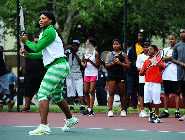 Serena Williams dá clínica de tênis em Washington (Foto: Getty Images)