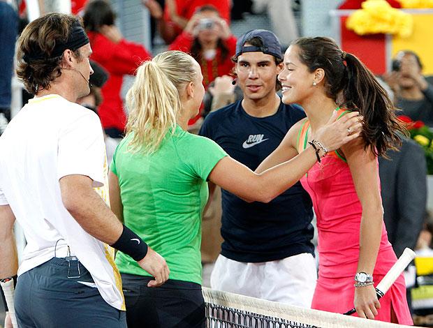 Carolina Wozniacki Carlos Moyá  Ana Ivanovic e Rafael Nadal participam de partida beneficente em Madrid  (Foto: EFE)