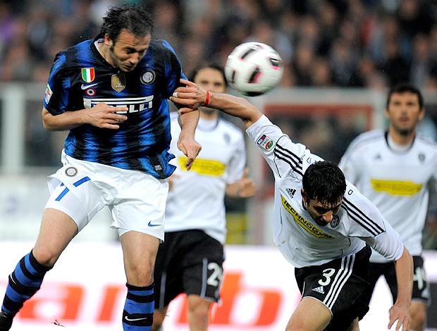 pazzini internazionale gol cesena (Foto: agência AFP)