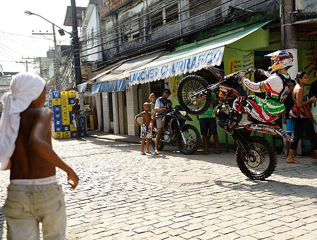 Nick Franklin no X-Fighters em Parada de Lucas (Foto: Marcelo Maragni / Red Bull)