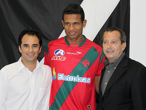 Diogo Silva apresentação Vasco (Foto: Divulgação)