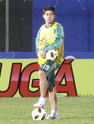 Conca treino Fluminense Estádio del Chaco (Foto: Cahê Mota / Globoesporte.com)