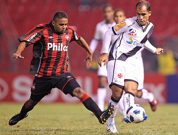 Deivid Felipe Atlético-PR x Vasco (Foto: Ag. Estado)