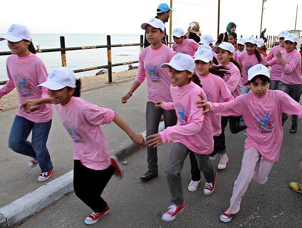 maratona israel palestinos crianças gaza (Foto: agência AP)