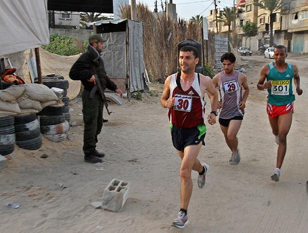 maratona israel palestinos gaza (Foto: agência AP)
