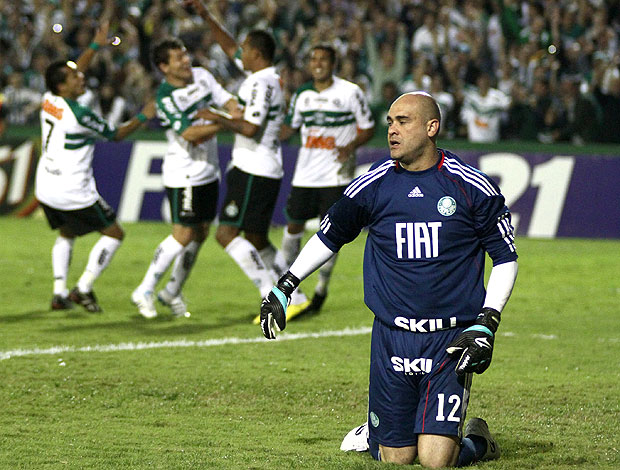 Marcos na derrota do Palmeiras para o Coritiba (Foto: Ag. Estado)