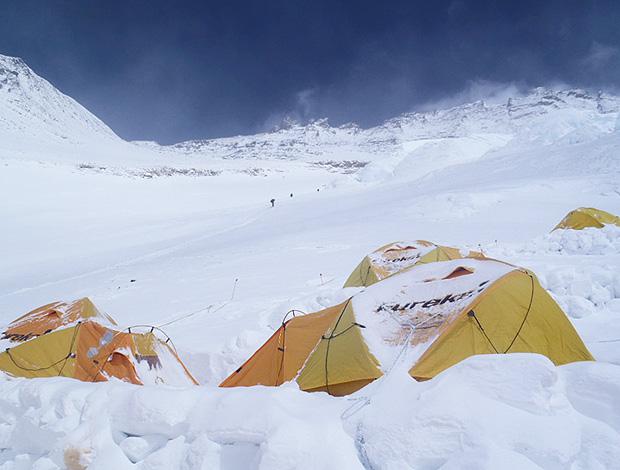 Barracas Monte Everest Rodrigo Raineri Carlos Canellas Carlos Santalena (Foto: Reprodução)