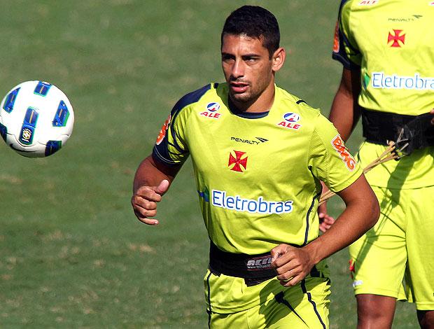 Diego Souza no treino do Vasco (Foto: Maurício Val / Fotocom.net)