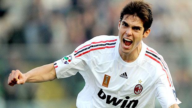 Kaká com a camisa do Milan (Foto: AFP)