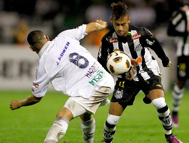 Neymar na partida do Santos contra o Once Caldas (Foto: Reuters)