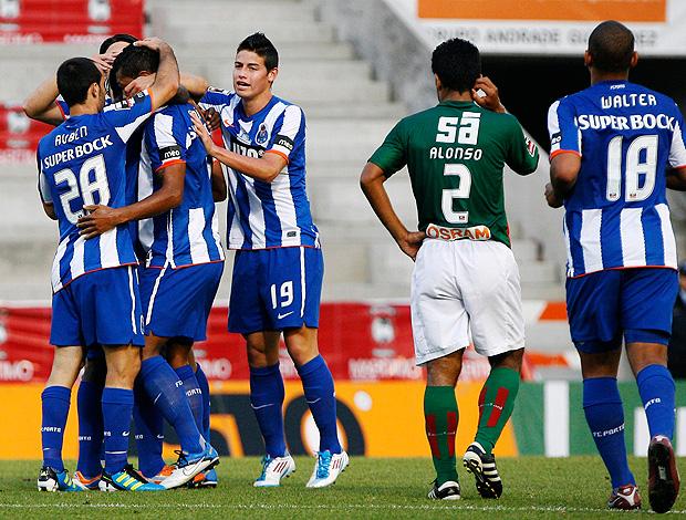 jogadores porto gol marítimo (Foto: agência Reuters)