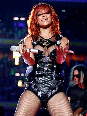 Rihanna faz show na Ucrânia para o aniversário do Shakhtar  (Foto: EFE)