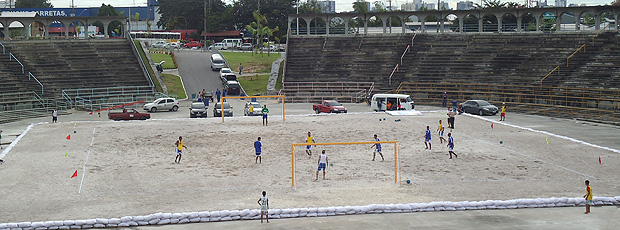 futebol de areia Arena do CentroCulturaldosPovosdaAmazonia (Foto: Igor Christ / Globoesporte.com)