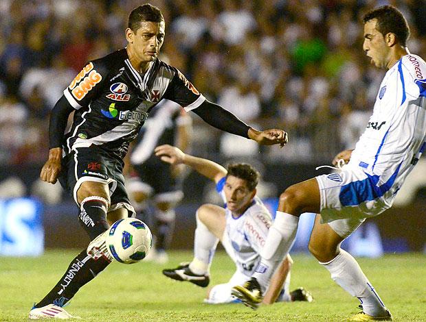 Diego Souza na partida do Vasco contra o Avaí (Foto: Alexandre Loureiro / FOTOCOM)