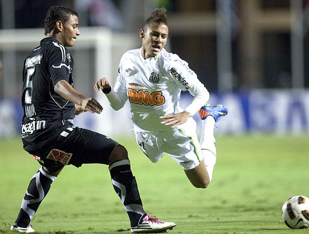 Neymar na partida do Santos contra o Once Caldas (Foto: EFE)