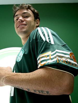 Kleber Palmeiras camisa 100 jogos (Foto: Ag. Estado)