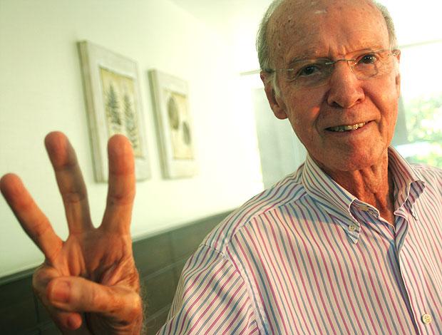 Zagallo durante entrevista  (Foto: Pedro Veríssimo / Globoesporte.com)