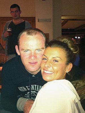 Wayne e Coleen Rooney (Foto: Reprodução / Twitter)