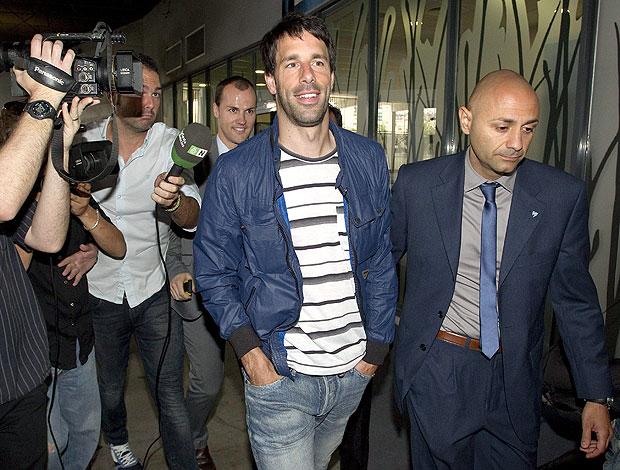 Van Nistelrooy chega em Málaga (Foto: EFE)
