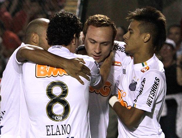 ze eduardo love santos x cerro porteño (Foto: Agência Reuters)