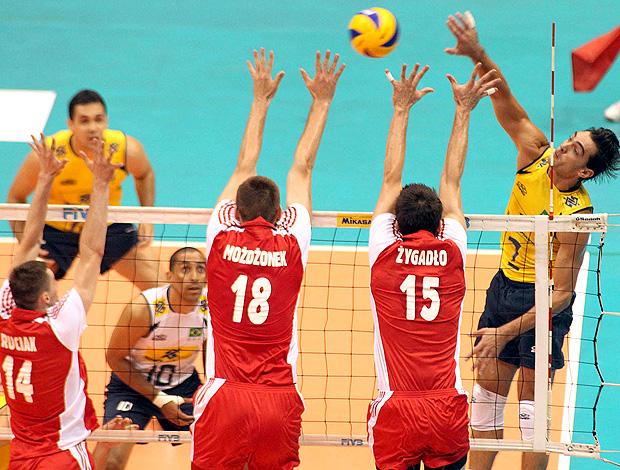 vôlei Giba Brasil x polônia (Foto: Maurício Val / VIPCOMM)