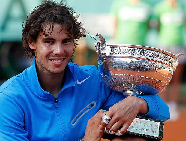 Rafael Nadal tênis Roland Garros troféu final (Foto: Reuters)