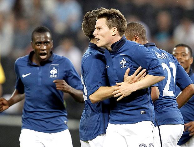 Jogadores gol França (Foto: EFE)