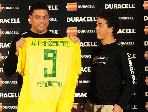 Ronaldo camisa seleção fenômeno pra sempre (Foto  Marcos Ribolli    Globoesporte.com) 0d398c9cab3e1