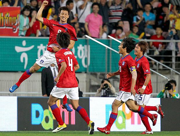 Ji Dong-won coreia do sul gol gana amistoso (Foto: agência AP)
