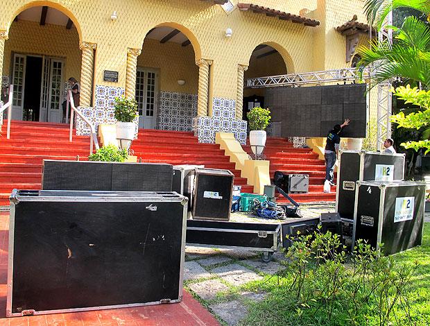 preparação da apresentação de Renato no Botafogo (Foto: Thiago Fernandes / GLOBOESPORTE.COM)
