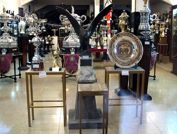 espaço reservado para o taça copa do brasil sala de troféus do vasco (Foto: Edgard Maciel de Sá / Globoesporte.com)