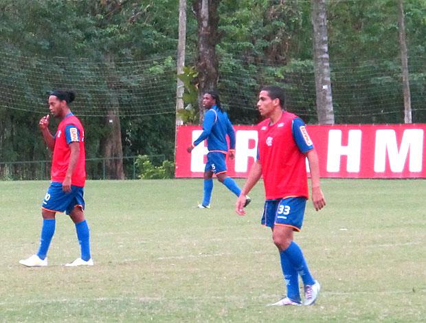 Wanderley no treino do Flamengo como titular (Foto: Janir Junior / GLOBOESPORTE.COM)
