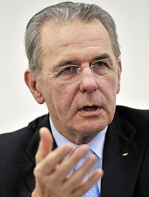 Jacques Rogge coletiva do COI em Genebra (Foto: AFP)