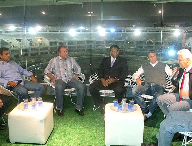 Roberto Dinamite, Zico e Petkovic durante evento no Maracanã (Foto: Thiago Fernandes / GLOBOESPORTE.COM)