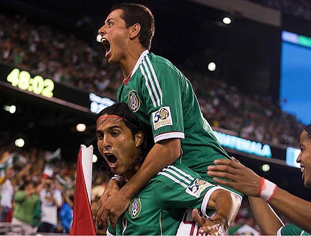 hernandez gol méxico x guatemala (Foto: Divulgação/Site Oficial)