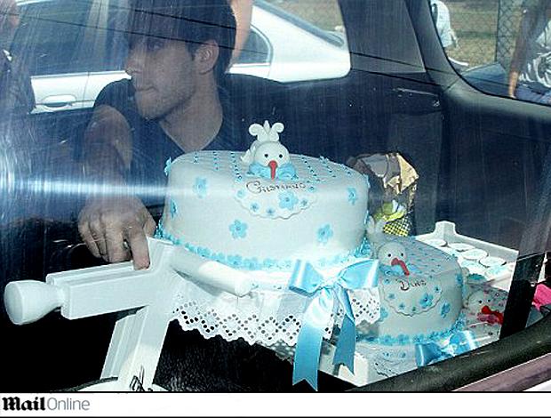 Daily mail -bolo aniversário filho cristiano ronaldo (Foto: reprodução Daily Mail)
