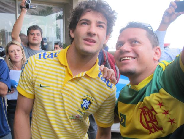 pato  seleção brasileira (Foto: Janir Junior/Globoesporte.com)