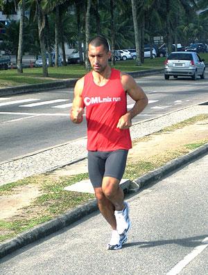 Manuel Lago treino tiro corrida de rua (Foto: Lucas Loos / Globoesporte.com)