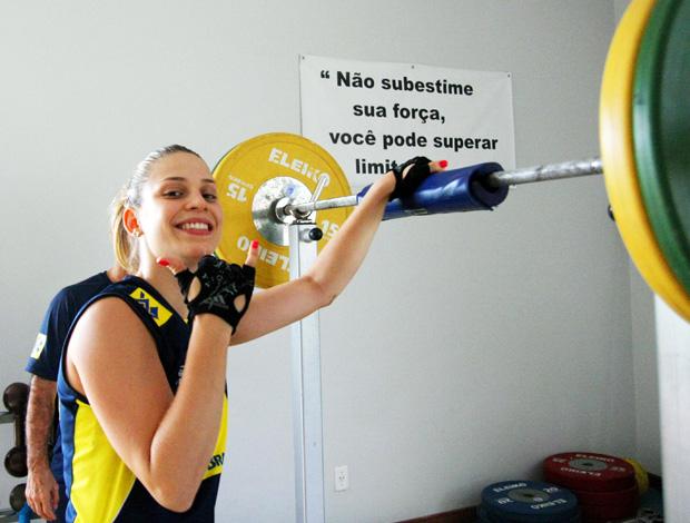 Camila Brait vôlei seleção brasileira (Foto: Divulgação / CBV)