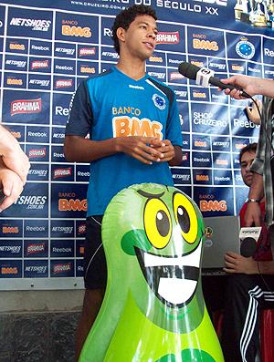 wallyson cruzeiro joão sorrisão (Foto: Fernando Martins/Globoesporte.com)