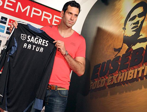 Artur apresentação Benfica (Foto: EFE)